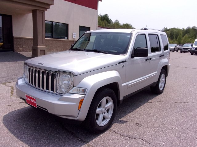 Pre-Owned 2012 Jeep Liberty Limited