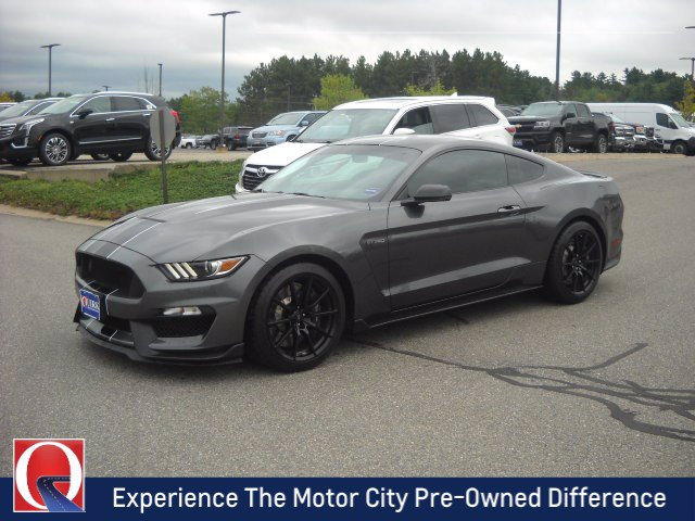 Pre-Owned 2016 Ford Mustang Shelby GT350