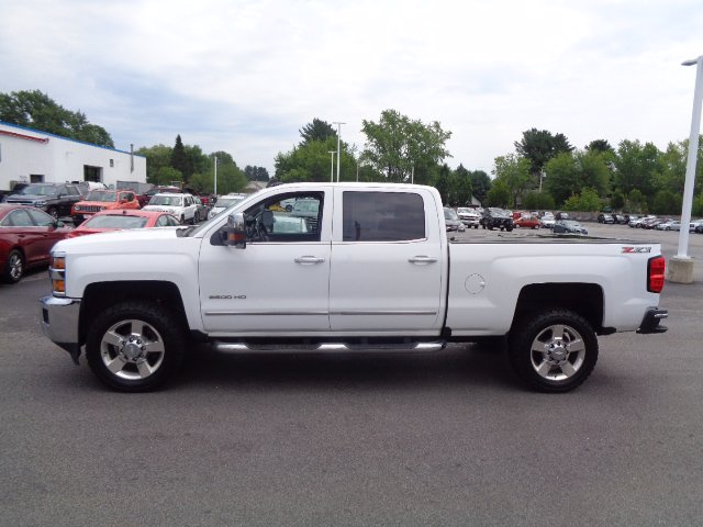 Pre-Owned 2018 Chevrolet Silverado 2500HD LTZ