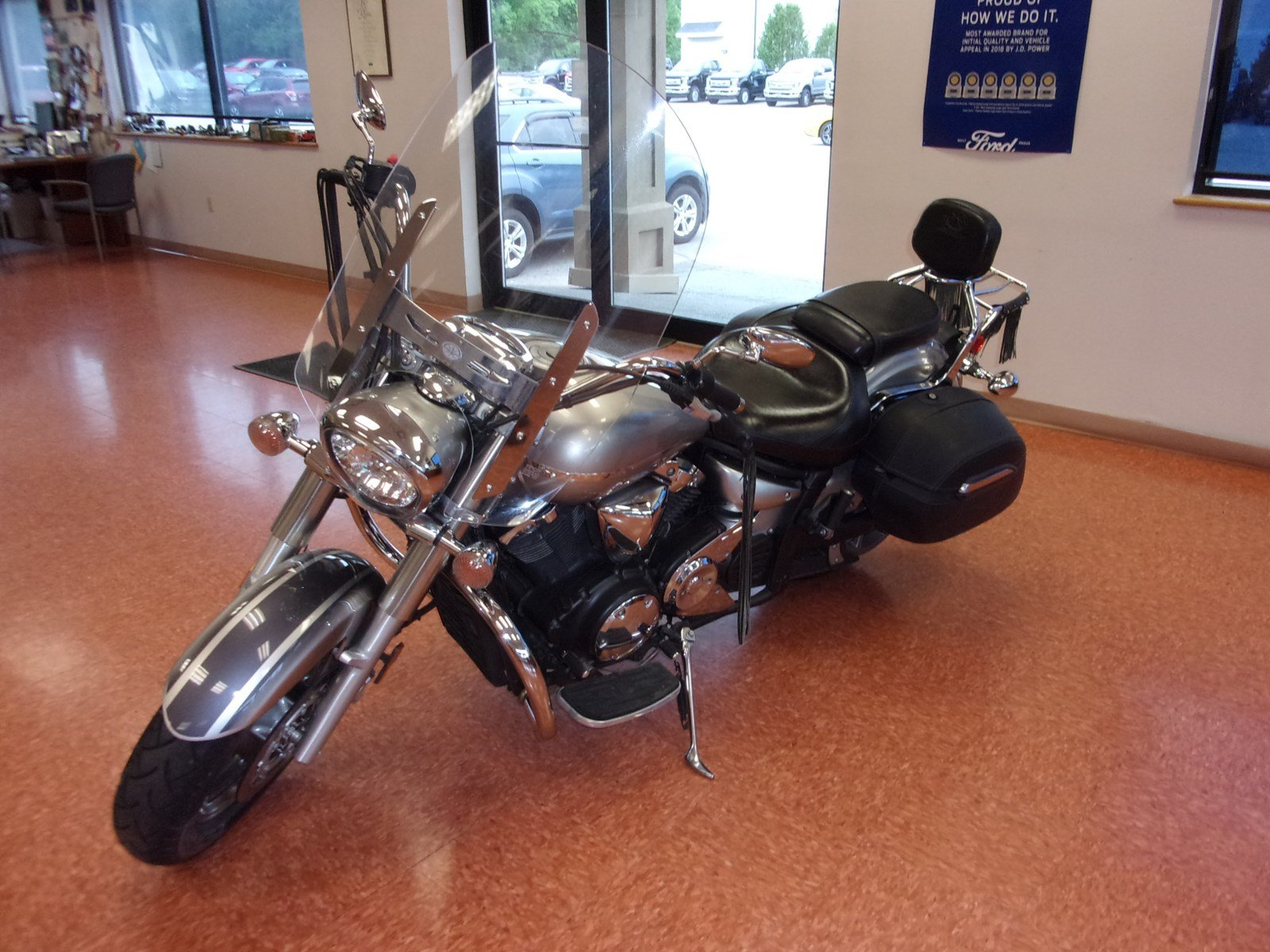 Pre-Owned 2006 YAMAHA 1300