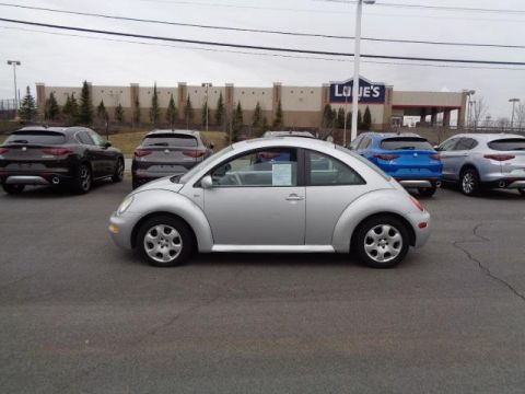 Pre-Owned 2003 Volkswagen New Beetle Coupe GLS